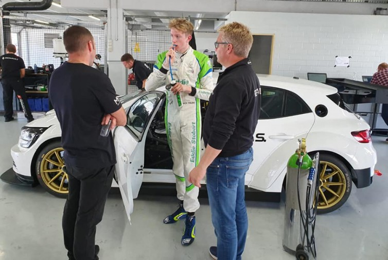 Jack Young to race the Vuković Motorsport Mégane