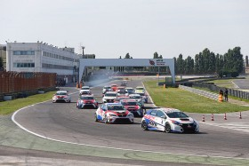 Misano Adriatico hosts the TCR Trophy Europe