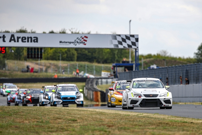 2019-2019 Oschersleben Race 2---2019 TCR EUR Oschersleben Race 2, 5 Alex Morgan_84