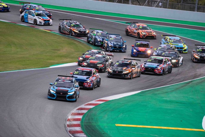 2020-2020 Barcelona Race 1---2020_TCR Europe_Barcelona_Race 1, start_89