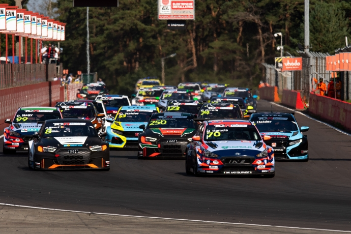 2020-2020 Zolder Race 1---2020_TCR Europe_Zolder_Race 1, start_48